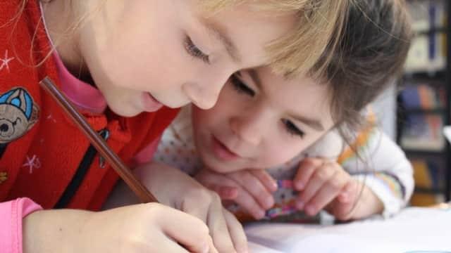 8+1 Jenis Kecerdasan Anak yang Perlu Diketahui Orang Tua