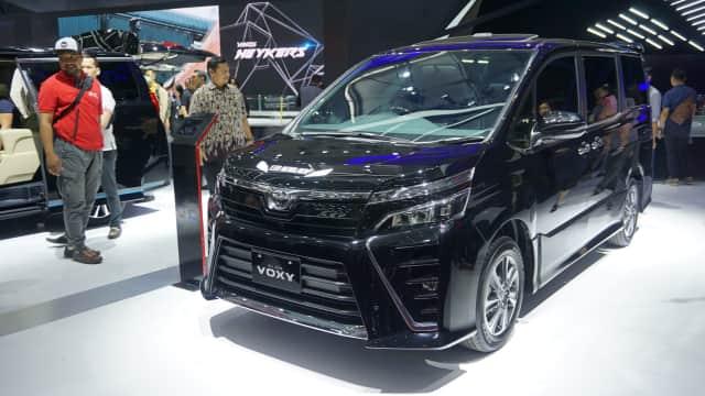 Toyota Voxy Laris Manis di GIIAS 2017, Inden Sampai November