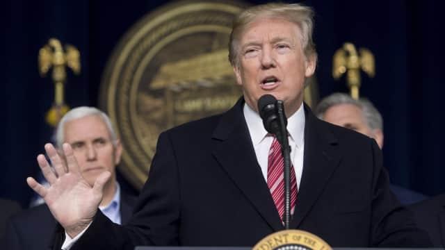 Donald Trump Usulkan 'Opsi Nuklir' untuk Akhiri Shutdown AS