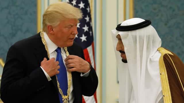 Donald Trump Telepon Raja Salman, Bicarakan Pembunuhan Jamal Khashoggi