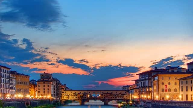 Ketahuan Makan di Kawasan Florence, Siap-siap Didenda Rp 8,6 Juta