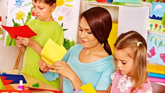 DIY Lem Rumahan Aman untuk Anak