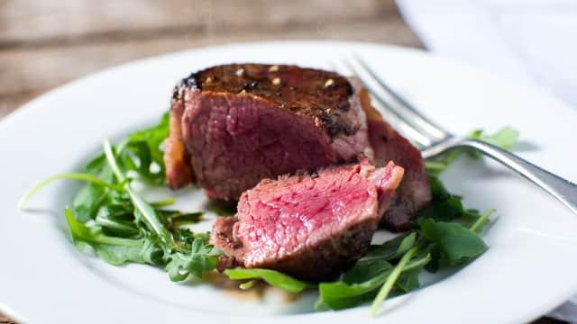 Alasan di Balik Mahalnya Menu Steak di Steakhouse