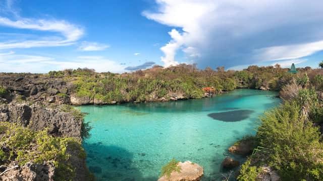 Pesona Unik Danau Weekuri, Laguna Indah di Sumba