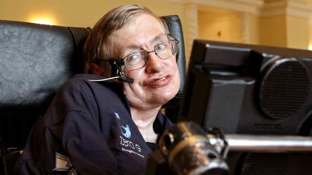 6 Ramalan Stephen Hawking tentang Masa Depan Bumi, Manusia, dan Robot