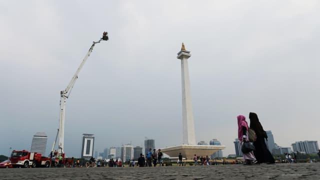 Monas Makin Meriah: Skylift, Sepeda Anak, hingga Karpet untuk Salat