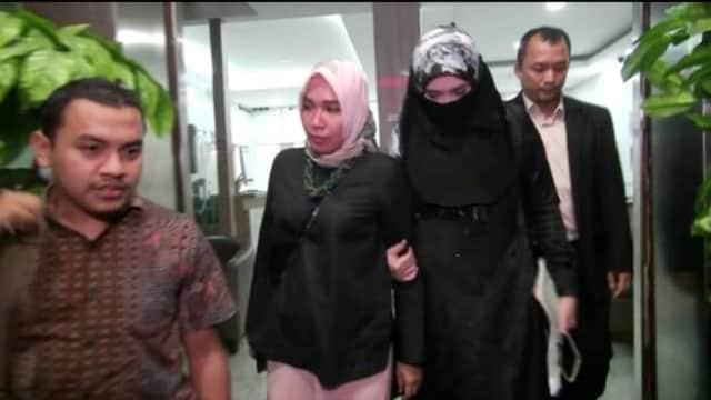 Firza Husein Minta Polisi Tangkap Penyebar Foto 'Baladacintarizieq'