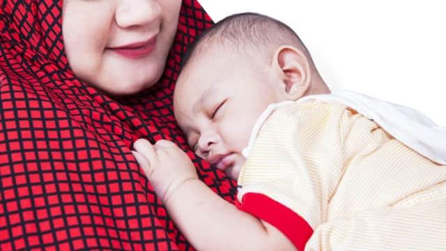 Tips Membawa Bayi saat Salat Idul Fitri