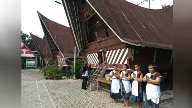 Geliat Wisata Pulau Samosir, Mengejar Target 300 Ribu Wisatawan