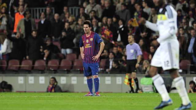Memikirkan Cara untuk Menyetop Lionel Messi
