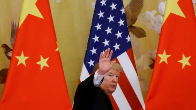 Tak Murni Buatan China, Trump Kecualikan iPhone dari Tarif Impor