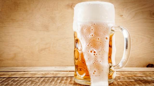 Kenapa Sejumlah Orang Tidak Suka Minum Bir?