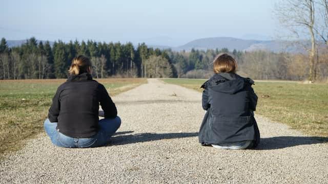 5 Tanda Pertemanan Tidak Sehat, Sering Bikin Cemas dan Ketakutan