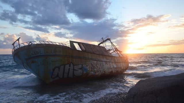 Kapal Ikan Jepang Berisi 5 ABK WNI Tabrakan di Laut Mikronesia