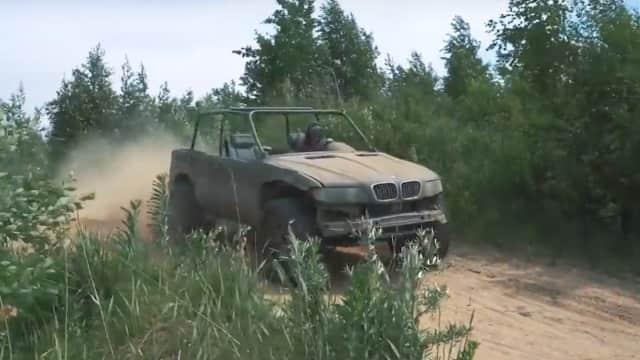 Menyulap Rongsokan BMW X5 Jadi Mobil Dua Alam Sesungguhnya
