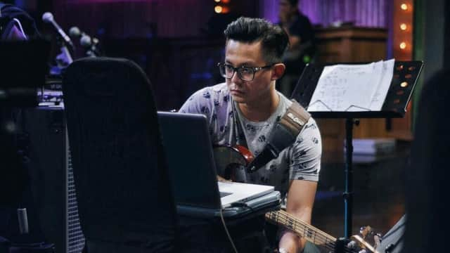 Ronald Steven, Session Player yang Menjadi Music Director Asian Games