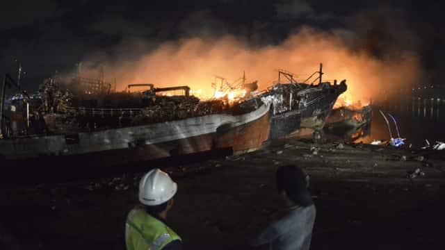 Susi Pastikan 36 Kapal Terbakar di Benoa Bali Bukan Kapal Nelayan