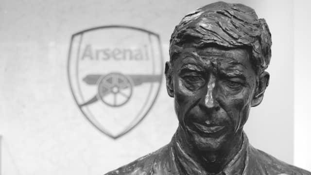 Apa yang Akan Anda Lakukan Seandainya menjadi Arsene Wenger?