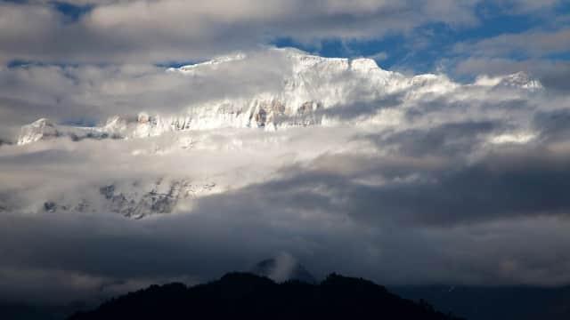 Tim Pendaki Korsel Tewas dalam Badai Salju di Gunung Nepal