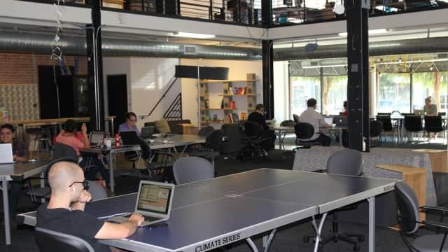 Bekraf Ungkap Alasan Saham Startup Besar RI Dimiliki Investor Asing