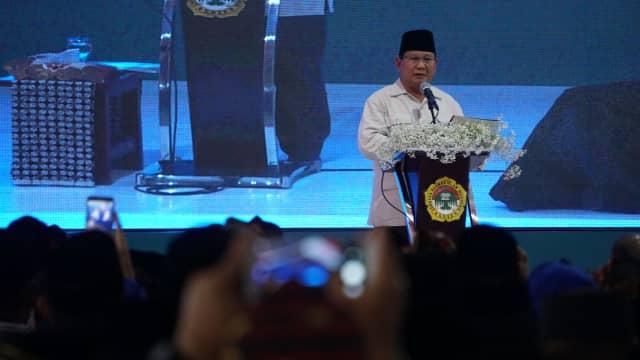 Prabowo Flu karena Cium Anak-anak, Kok Bisa?