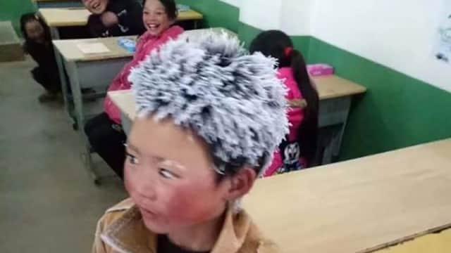 Kisah Fuman Terjang Salju Berujung Donasi untuk Anak Miskin di China