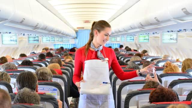 6 Permintaan Teraneh yang Pernah Diajukan Penumpang Pesawat