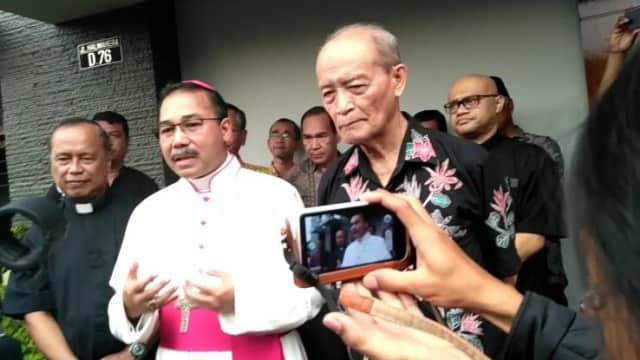 Kunjungi Buya Syafii, Ini Pesan Uskup Agung Semarang