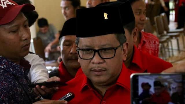 Sekjen PDIP: Pak Anies Kan Gubernur dan yang Juara Persija