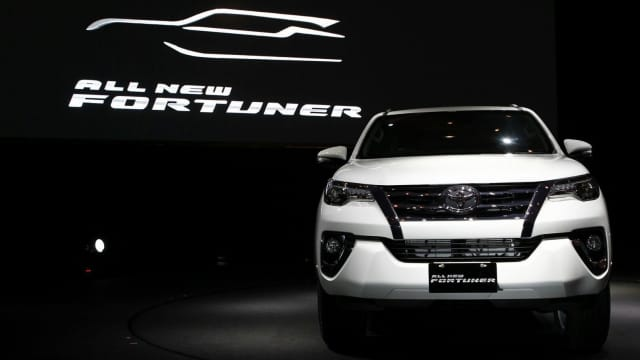 Modifikasi Audio Toyota Fortuner dengan Audio Rockford Fosgate