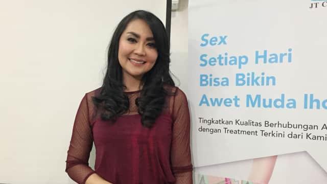 Tessa Kaunang Jalani Terapi Laser Vagina, Amankah?