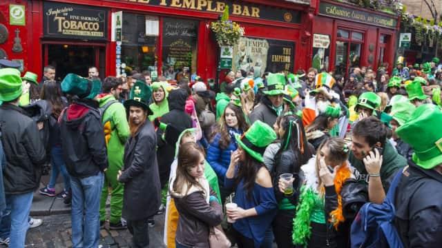Perayaan St. Patrick's Day dan Diaspora Irlandia