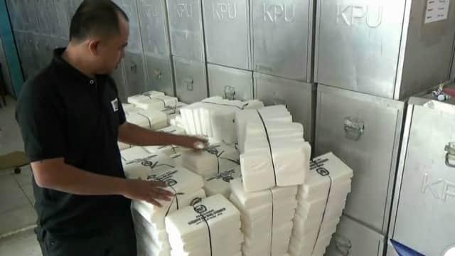 Kekurangan Surat Suara Terpenuhi, KPU Kota Pasuruan Siap Distribusi Logistik Pilgub Jatim