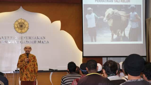 Ratusan Takmir Masjid Ikuti Pelatihan Penyembelihan Hewan Kurban di UGM