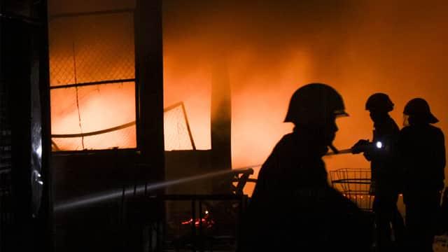 Kebakaran Melanda Sejumlah Rumah di Pademangan, Jakarta Utara