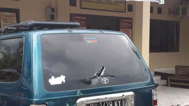 Breaking News! Polsek Muaro Sebo Diserang OTK, Dua Polisi Terluka