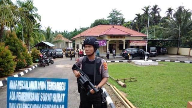 Polisi Korban Penyerangan Dilarikan ke RS Bhayangkara, Alami Luka Bacok di Leher