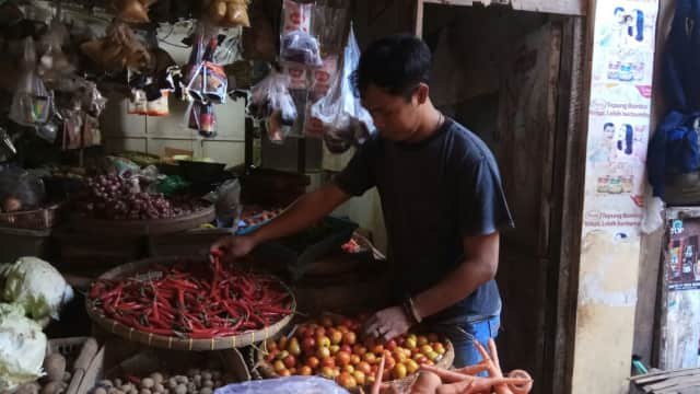 Kemarau, Harga Tomat Melonjak Tinggi di Probolinggo