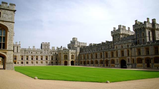 Berkat Pangeran Harry dan Meghan, Windsor Jadi Tujuan Favorit Turis