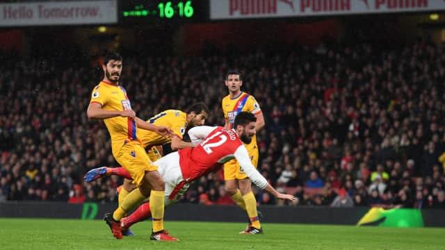 Tendangan Kalajengking Giroud Jadi Gol Terbaik Dunia 2017