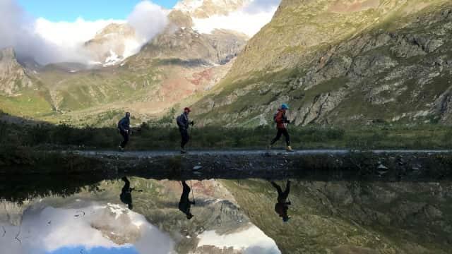 Perempuan Inggris Tak Berhenti Susui Anak di Tengah Lomba Lari 166 Km