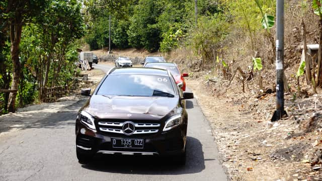 Soal Absennya Beberapa Fitur Mercedes Benz GLA 200 AMG Line