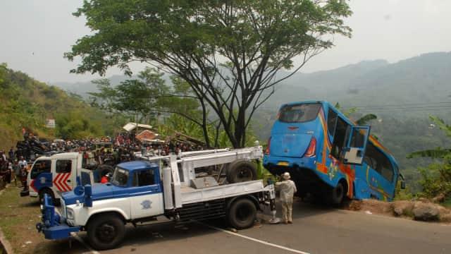 Kemenhub Akan Setop Paksa Bus Pariwisata yang Tak Layak Jalan