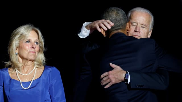 Bromance Moment: Ketika Mata Obama dan Biden Berkaca-kaca