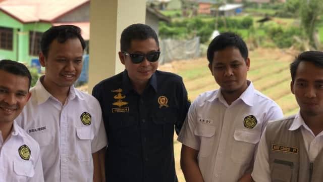 Suka Duka 'Mbah Deri', Anak Muda Pemantau Gunung Sinabung