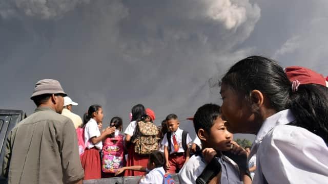 Relokasi Pengungsi Sinabung Masuk Fase Ketiga, 3.376 Orang Diungsikan