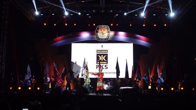 PKS Daftarkan Bakal Caleg ke KPU Sumatera Barat