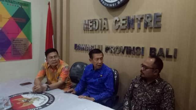 Gubernur Bali Datangi Bawaslu, Klarifikasi Kritik untuk Mantra-Kerta