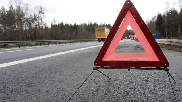 Bus dan Truk Terlibat Kecelakaan di Sumedang