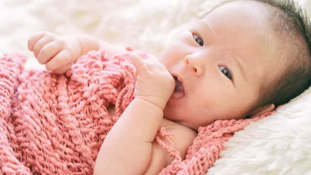 Bayi Anda Bau Badan? Waspadai 4 Penyakit Ini